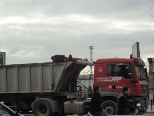 camions clichy batignolles -5-.JPG