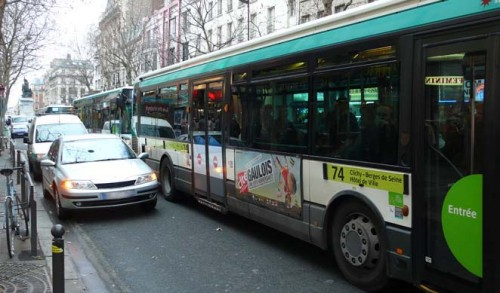 bus avenue de clichy.jpg